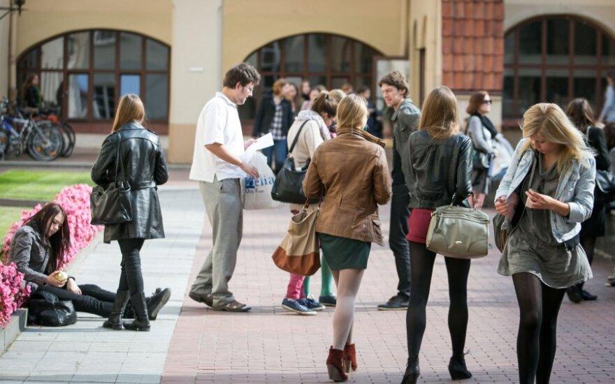 Studijomis nepatenkintos studentės atsakas komentatoriams