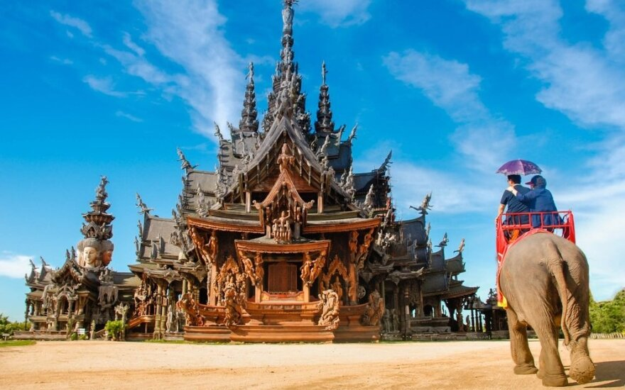 Užburiančios knygos, kurias perskaitę norėsite keliauti į Aziją