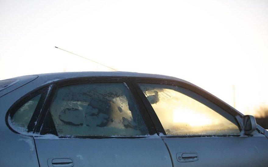 Vairuotojo košmaras: gelbėtojų pagalbos nesulaukė