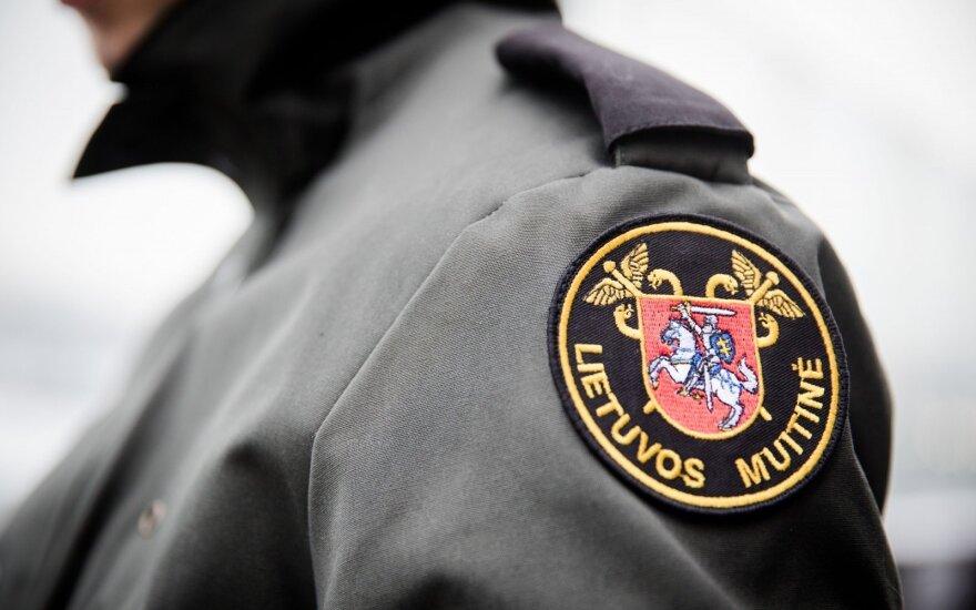Muitininkai Rusijos piliečio automobilyje aptiko per šimtą kilogramų hašišo