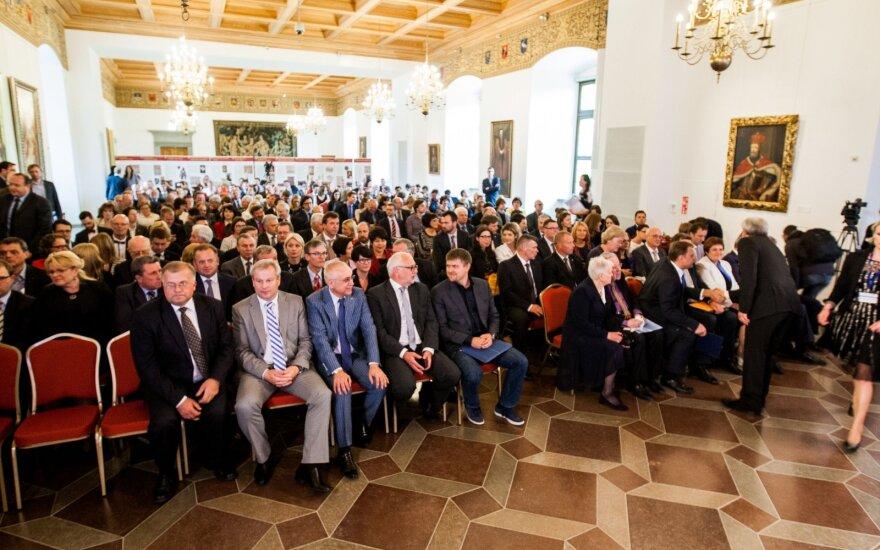 Lietuvos verslo konfederacija pritaria Nausėdos siūlymui laikinai mažinti GPM