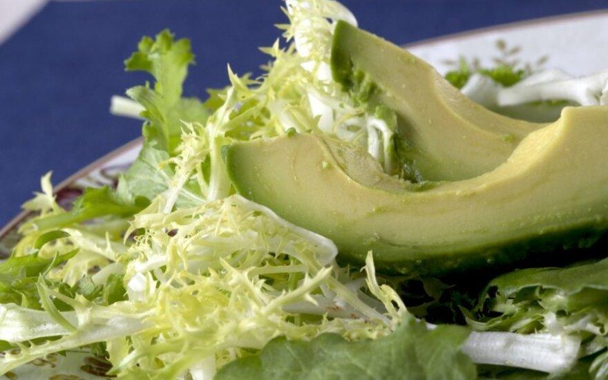 Žalios salotos su avokadais