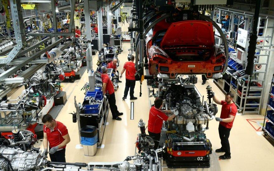 Dėl koronaviruso gali strigti automobilių gamyba