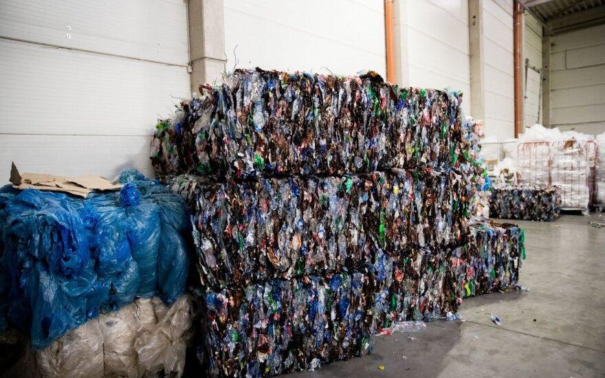 Atliekų tvarkytojai dar kartą bando laimę: pasiūlė naują taikos sutartį