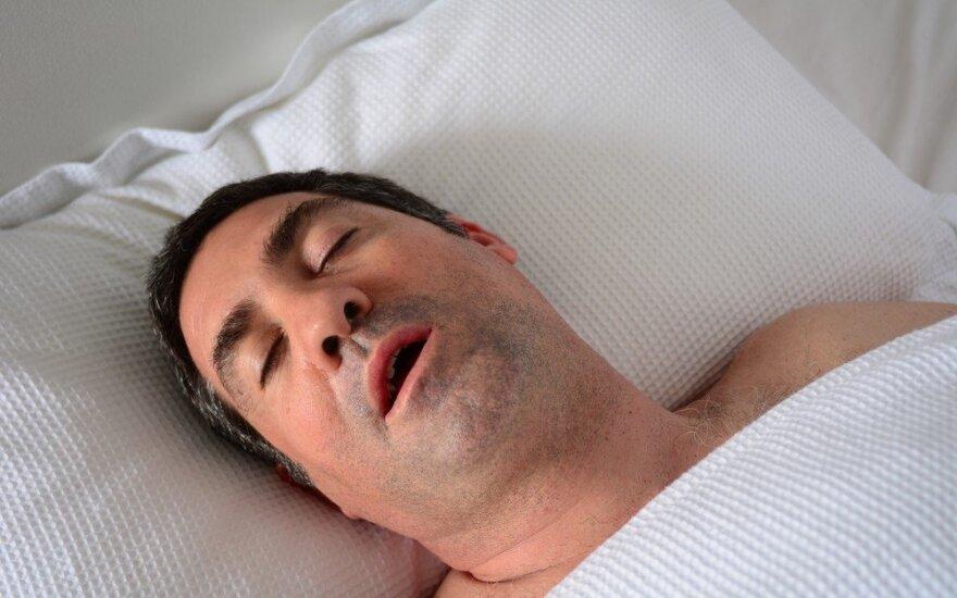Miego apnėjos galima išvengti