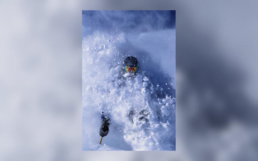 Slidinėjimas, kalnai, sniego lavina