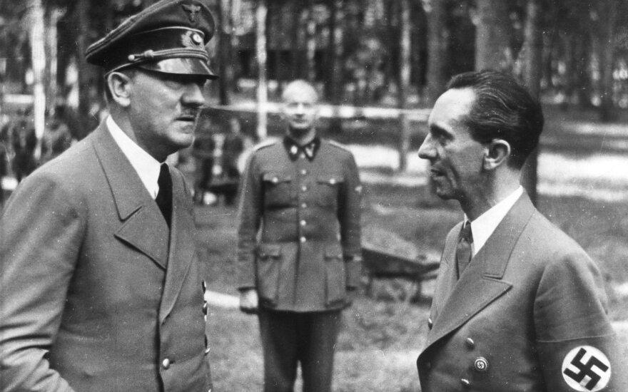 Adolfas Hitleris ir Josephas Goebbelsas