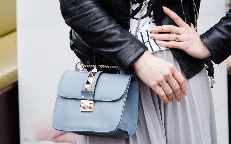 Kodėl moteriški drabužiai dažnai neturi kišenių? Kaip taip susiklostė?