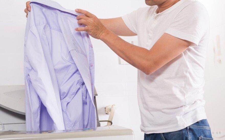 Ką daryti, jei skalbiant nusidažė drabužiai?