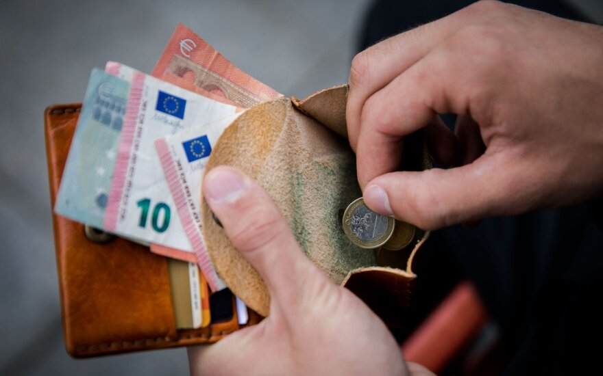 Lithuania to raise public-sector salaries next year