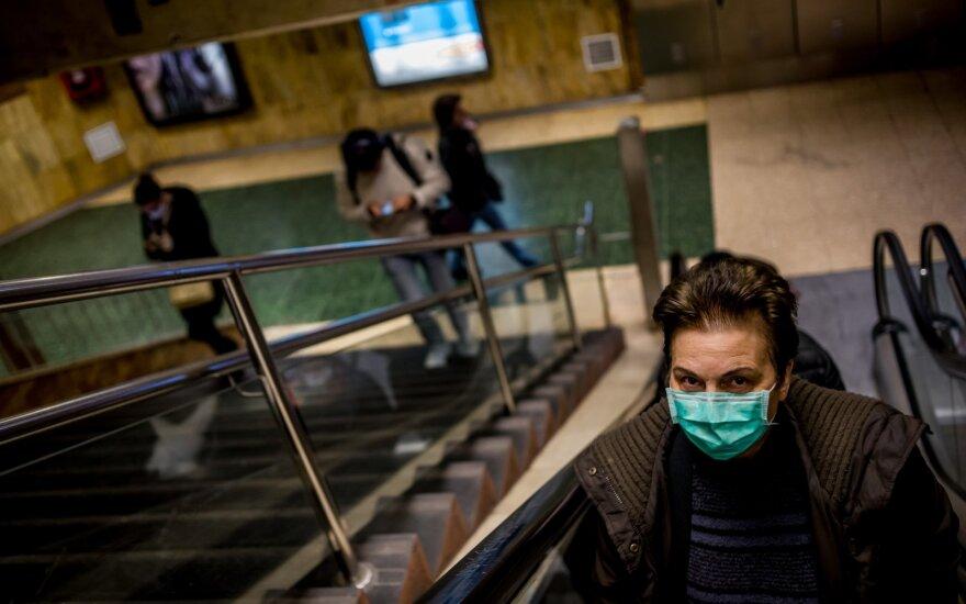 Pasaulyje koronaviruso aukų skaičius perkopė 20 tūkst., dauguma jų – Europoje