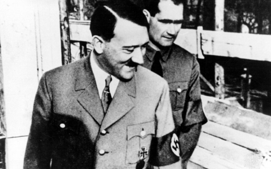 Adolfas Hitleris ir Rudolfas Hessas