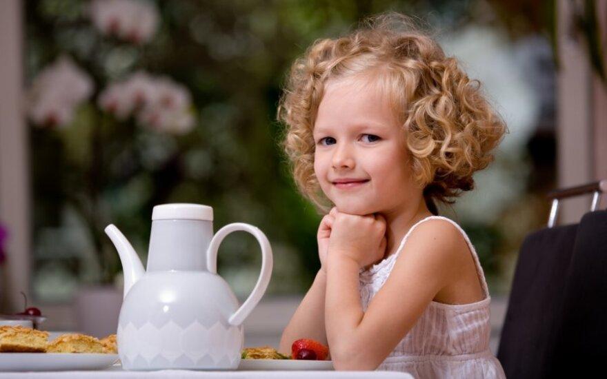 Net penkerių metų vaikai vartoja per daug kofeino