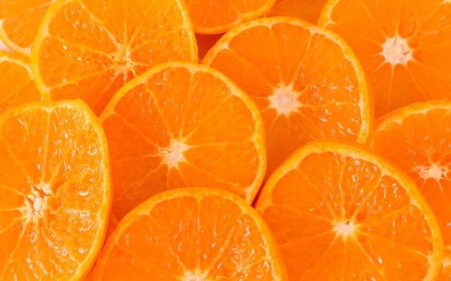 Kaip greitai nulupti apelsiną ir supjaustyti arbūzą