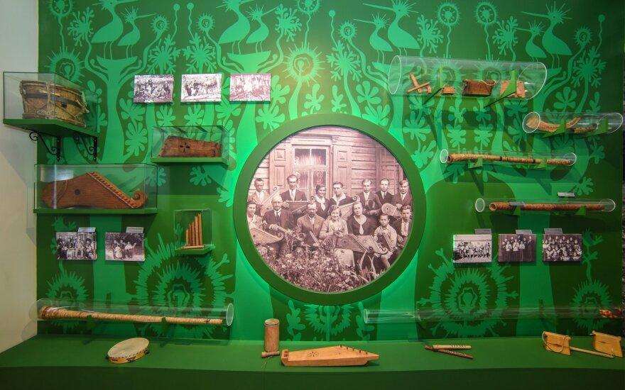 Vyriausybė svarstys leisti lankyti muziejus ir galerijas