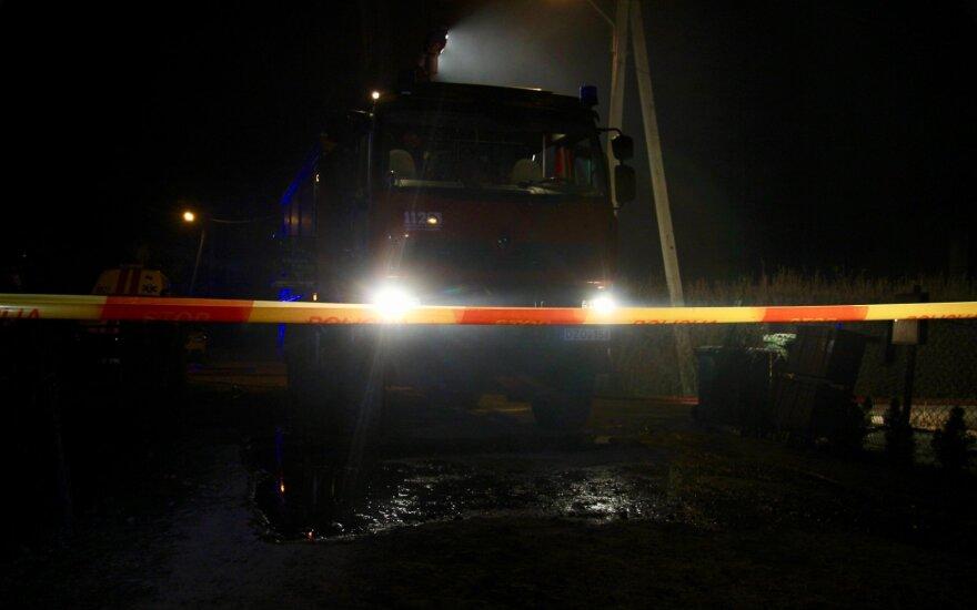 Avarijos metu Radviliškyje apsivertė vilkikas su kroviniu: į įvykio vietą buvo kviečiamas meras