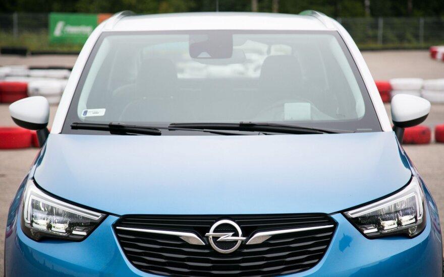 """Naujas """"Opel Crossland X"""""""