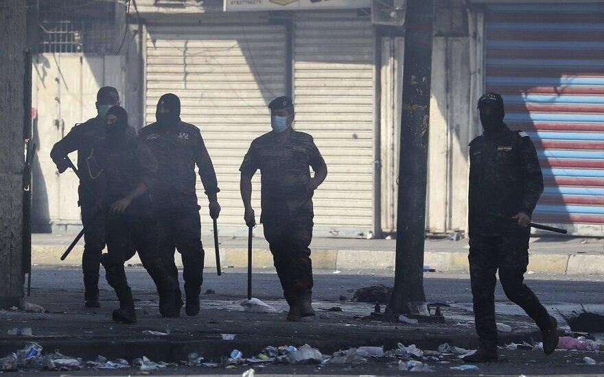 Pietų Irake nušauti mažiausiai aštuoni protestuotojai