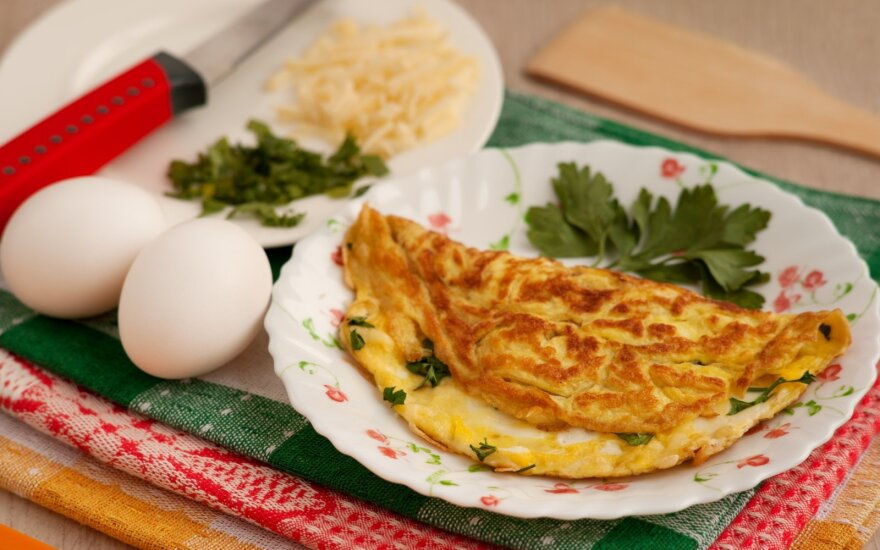 Omletas su vištiena ir peletrūnais
