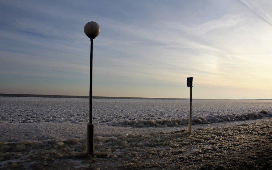 Orai: žiema vadelių nepaleis – šaltukas neskubės trauktis
