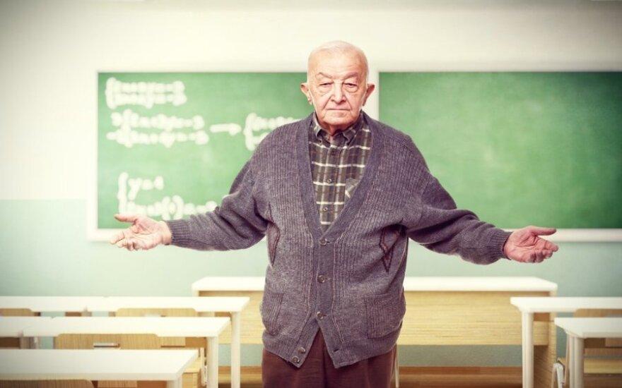 """Mokytojams telieka skėsčioti rankomis <span style=""""color: #545454; font-family: arial, sans-serif; font-size: small; line-height: 16.545454025268555px;"""">–</span> permainos neišvengiamos"""