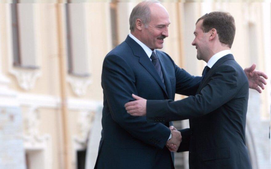 Rusija ir Baltarusija neatsisako planų sukurti sąjungą