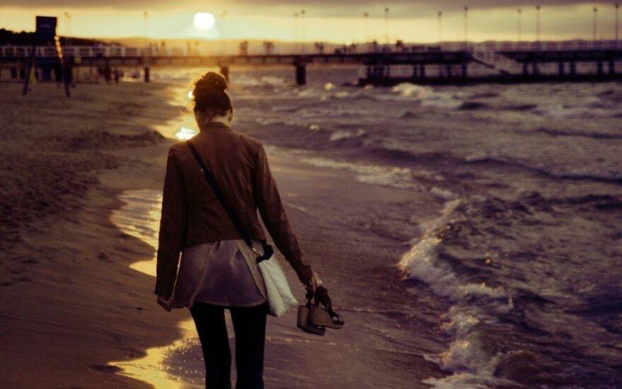 Mergina atvirai apie bėdas su pirmąja meile: kiek dar reikės visa tai kentėti