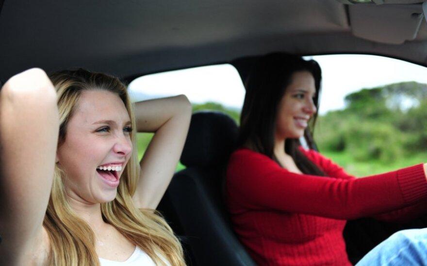 Pavojingiausia diena vairuoti – penktadienis