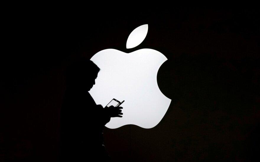 """Buvęs """"Apple"""" inžinierius kaltinamas savaeigių automobilių technologijų vagyste"""