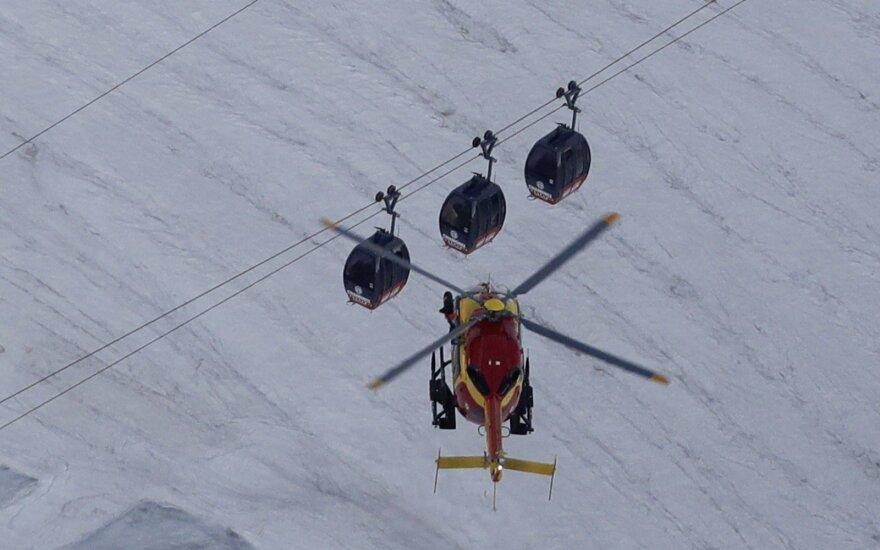 Sugedus Monblano keltuvui 45 žmonės nakčiai įstrigo kabinose