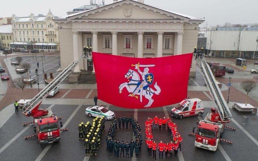 Lietuvos pareigūnai sveikina Lietuvą su artėjančiu šimtmečiu