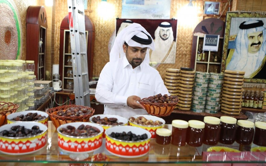 Artimųjų Rytų šalių boikotuojamas Kataras ketina skolintis tarptautinėje rinkoje