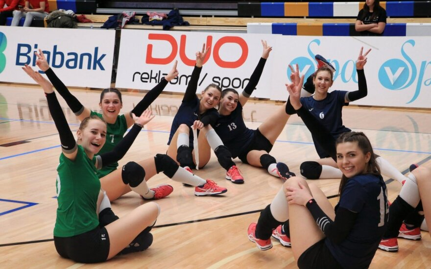 """Alytaus moterų tinklinio komanda """"Prekyba-Parama""""  (volley.ee)"""