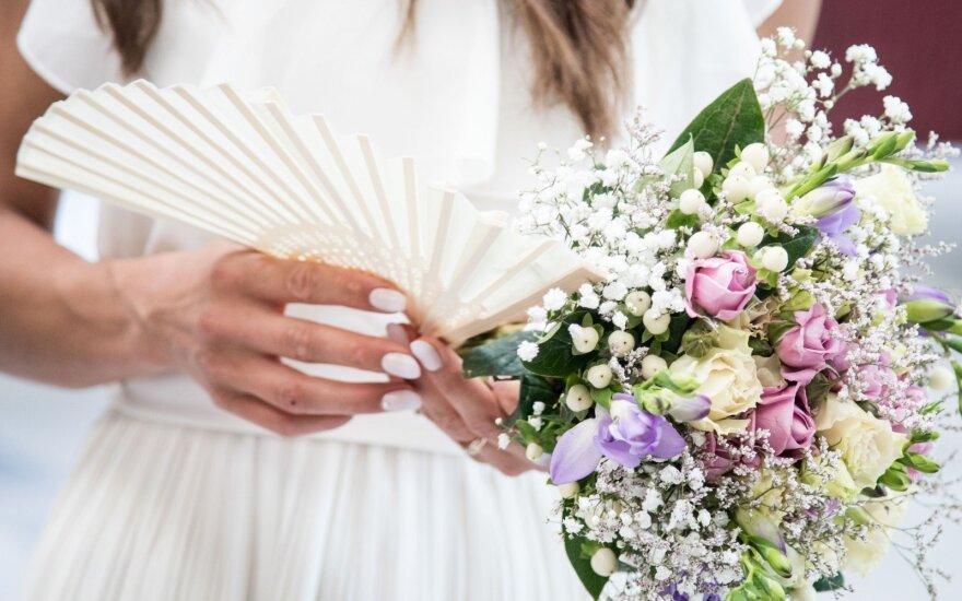 Santuokos sakramento auka: už norą tuoktis prestižinėje bažnyčioje pakloja įspūdingas sumas
