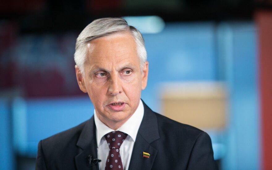 Sinkevičius nepatenkintas VTEK darbu, bet Pranckiečio ir Urbšio atsakomybės nemato