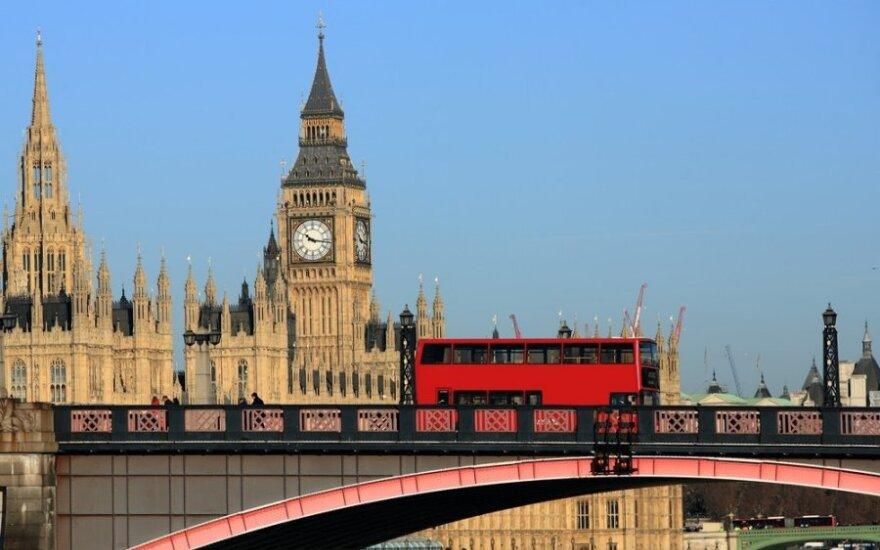 "British parliament committee says UK and EU ""sleep-walked"" into Ukraine crisis"