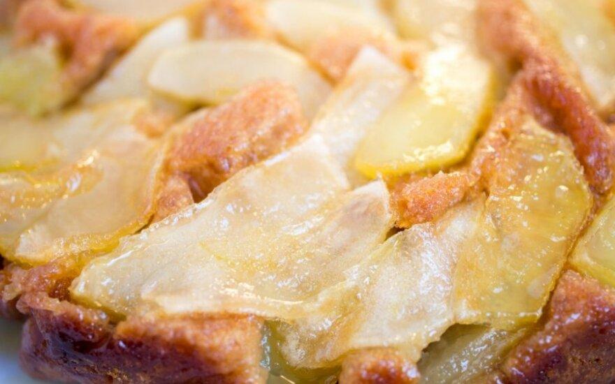 Obuolių-varškės pyragas-apkepas
