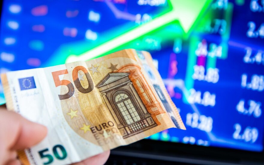 Extra-EUR 55 mln for pandemic management will push budget deficit up