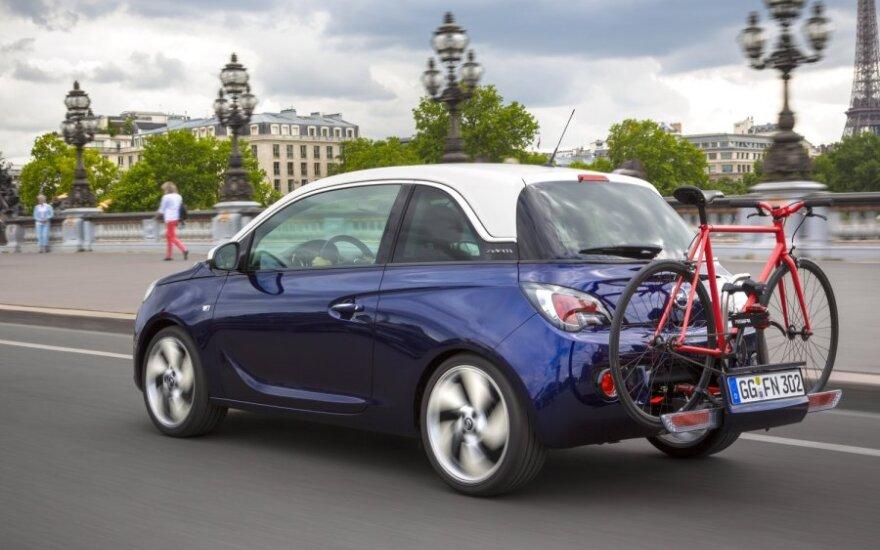 Opel Adam su FlexFix dviračių laikikliu