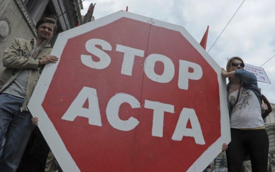 Protesto bangą sukėlęs ACTA sugrįš į EP darbotvarkę