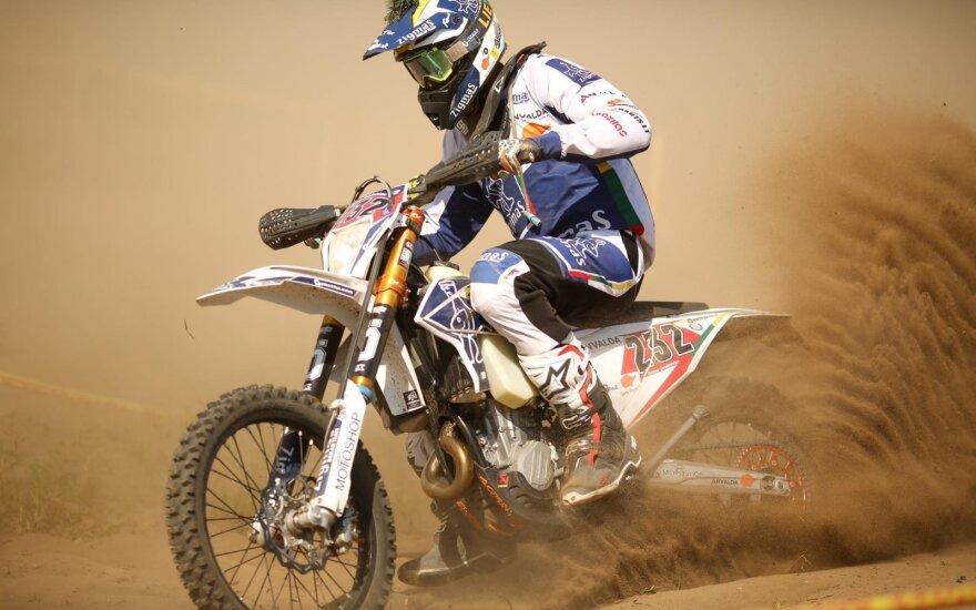 Lietuviškąjį Dakarą motociklu šturmuos Arūnas Gelažninkas