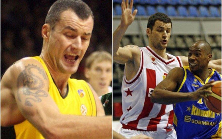 "Milanas Gurovičius su ""Prokom Trefl"" ir ""Crvena Zvezda"" marškinėliais / Foto: DELFI, AFP-Scanpix"