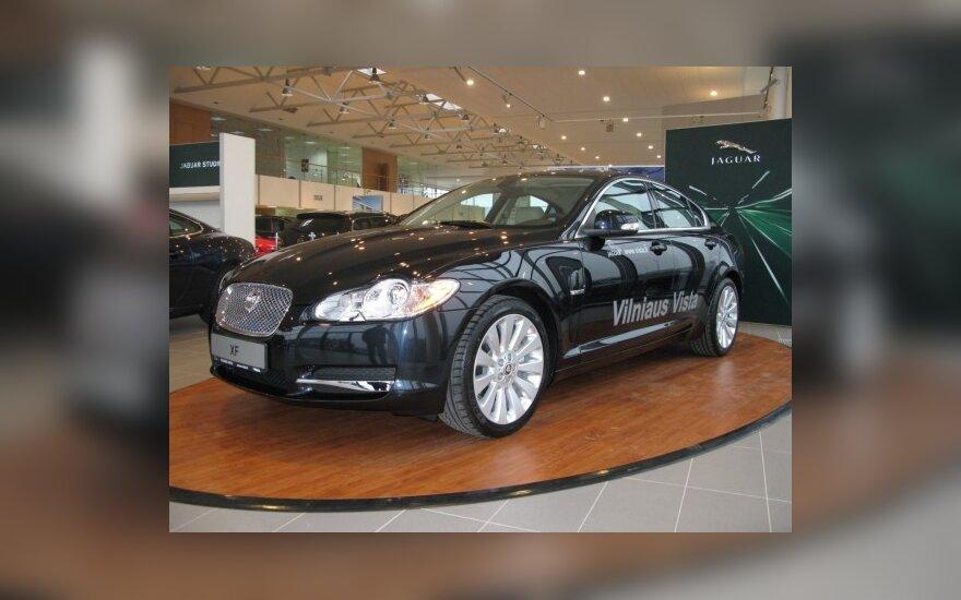 """Iš dviejų """"Jaguar-Land Rover"""" atstovų Lietuvoje liks vienas (atnaujinta 13.30)"""