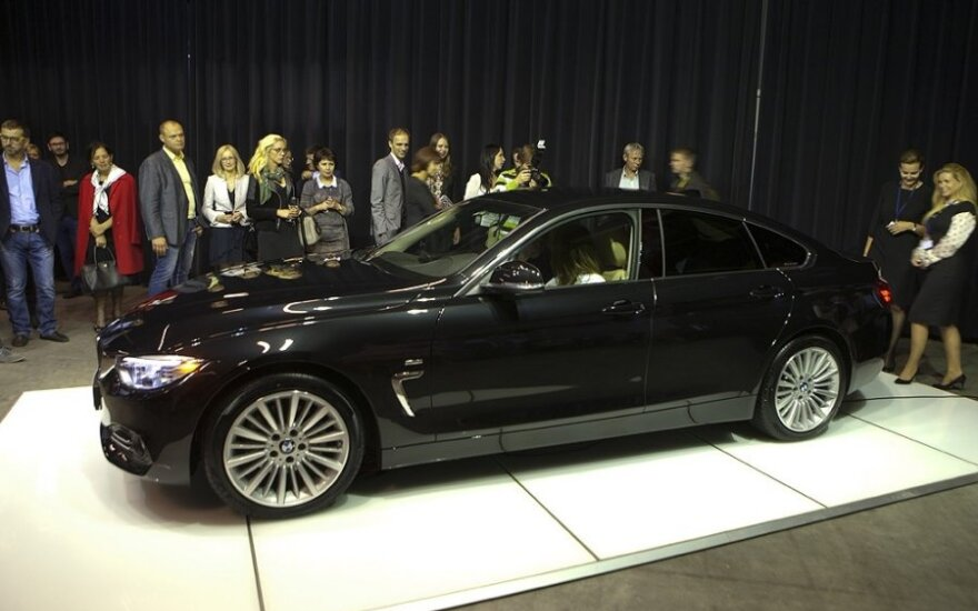 BMW 4 Gran Coupé debiutas meno mugėje Vilniuje