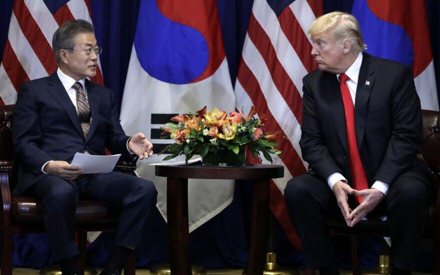 Moon Jae-inas Jungtinėse Tautose susitiko su Donaldu Trumpu