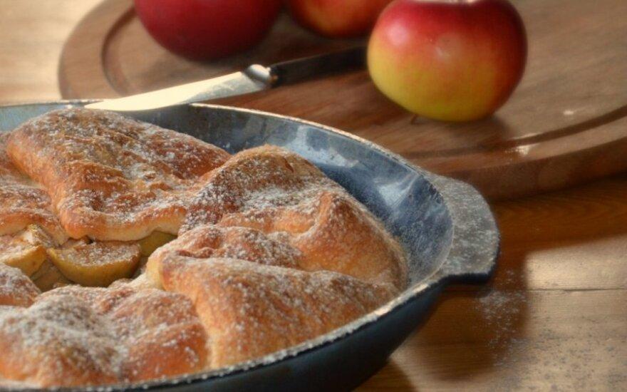 Mielinis obuolių pyragas
