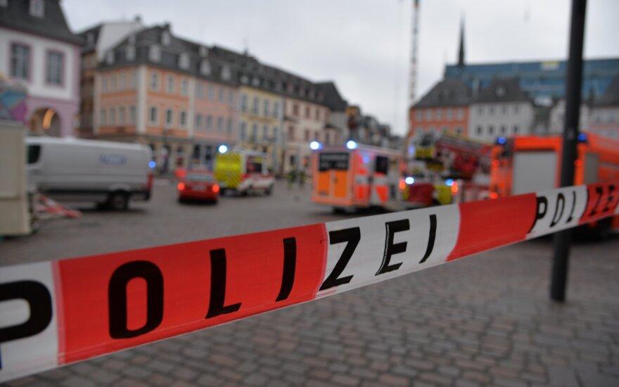 Vokietijoje automobilis taranavo pėsčiuosius, 4 žmonės žuvo, tarp jų – vaikas