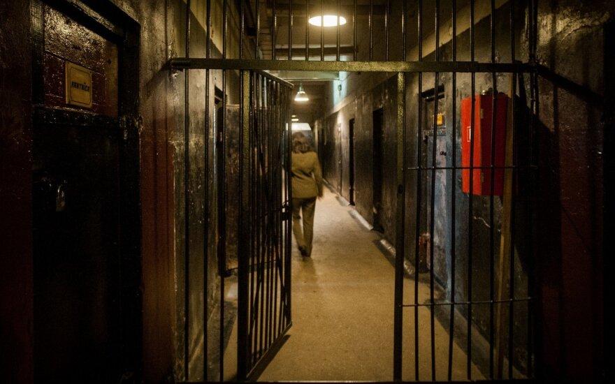Britanijos kalėjime nusižudė vaikinas iš Lietuvos
