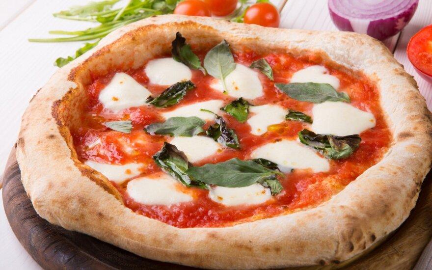 18 beprotiškų faktų apie maisto produktus: kai kas picą naudoja net kaip kremą nuo saulės