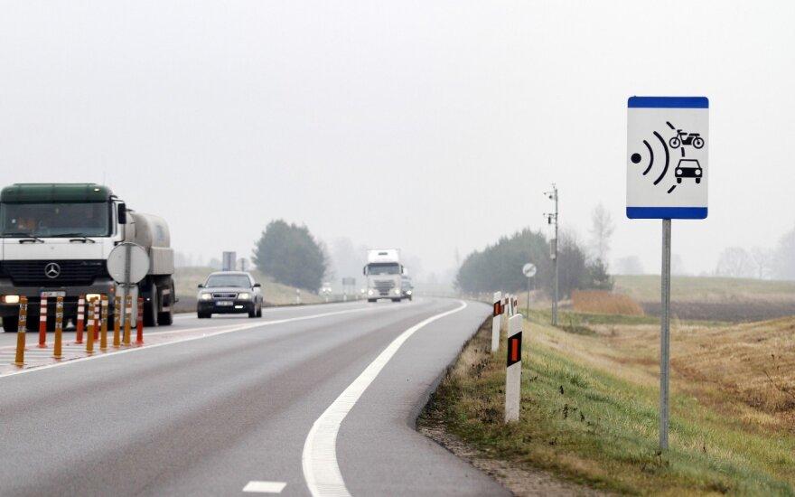 """Šiuo metu vidutinis greitis matuojamas vienoje atkarpoje """"Via Baltica"""" kelyje"""